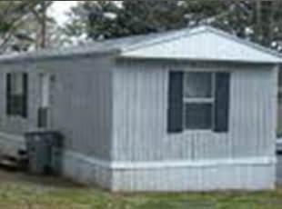Mobile home skirting sealing